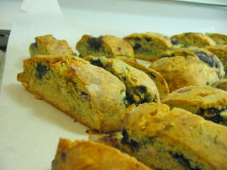 Blueberry Cashew Biscotti easy to make