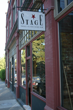 Stages small plates wine bar gladstone in Fernwood