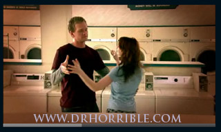 Watch the Doctor Horrible sing along blog online now!