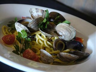 Padella Bistro Clams and Spaghetti