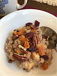 Pot in Pot Steel Cut Oats in the Instant Pot